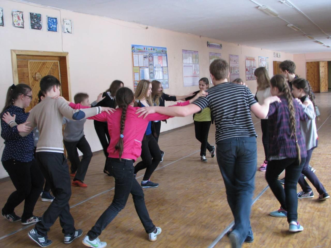 Учимся танцевать полненьким девушками 19 фотография